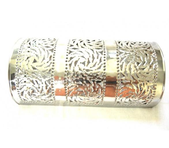 Applique orientale en aluminium ajouré