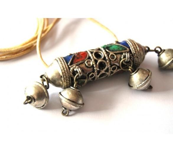 Sautoir berbère amulette ancienne
