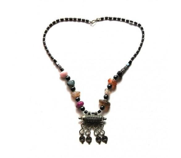 Collier berbère multicolore / amulette LILIA